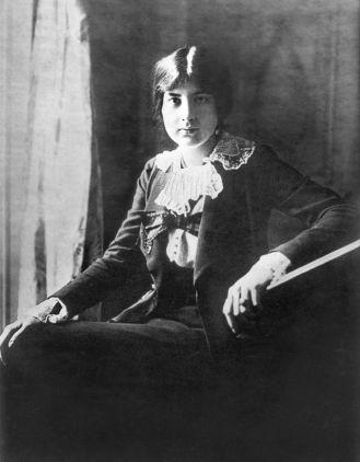 """Lili Boulanger"" von en:User:Brian0918 - From en:Wikipedia en:Image:Lili Boulanger.jpg. Lizenziert unter Public domain über Wikimedia Commons."