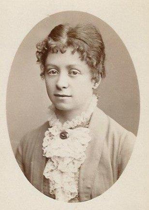 """""""Mathilde 1880"""" von unbekannt - Familienarchiv. Über Wikipedia."""